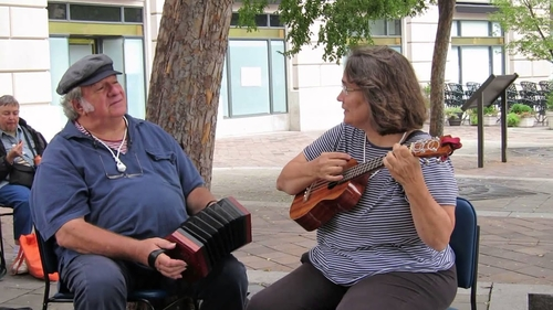 """Bob Zentz and Jeanne McDougall play a traditional Scottish folk tune, """"The Skye Boat Song,"""" at the Capital Maritime Music Fest."""